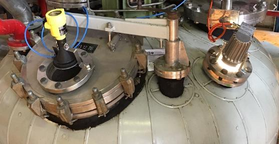 thiết bị đo mức bồn dầu