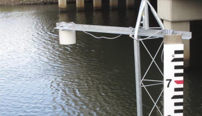 giám sát mức nước sông bằng cảm biến siêu âm