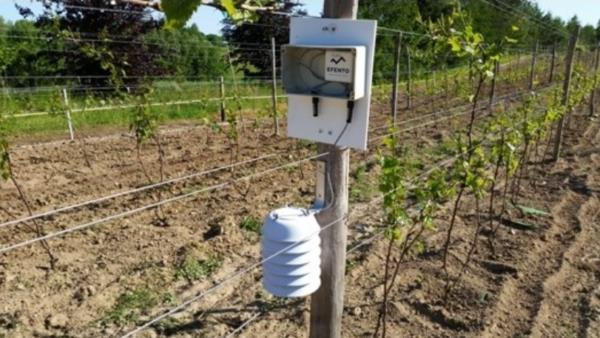 thiết bị lưu trữ dữ liệu độ ẩm đất