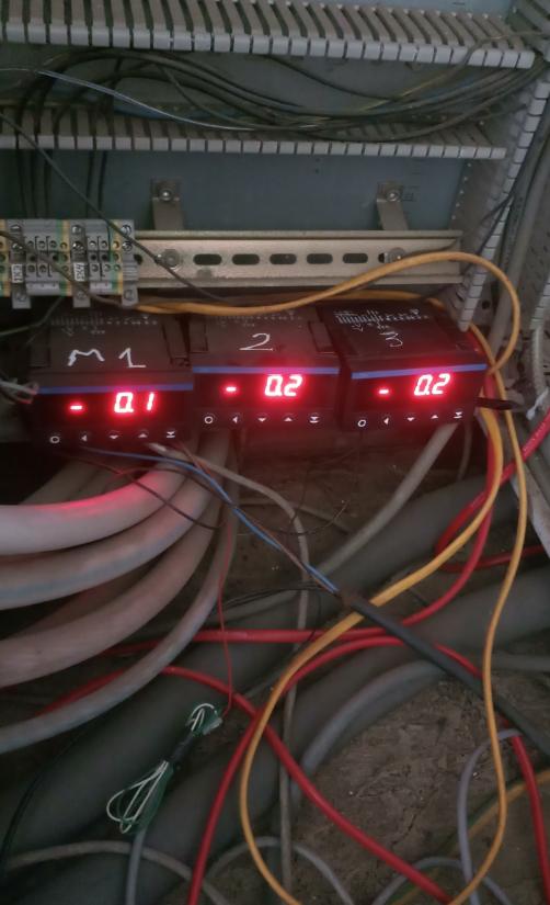 màn hình hiển thị điều khiển áp suất giá rẻ